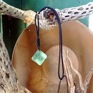 Other - Natural green fluorite crystal necklace